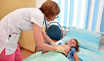 Платная операция детям грыжа белой линии живота